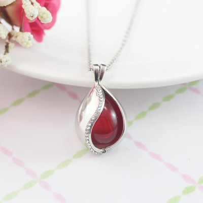 Essential Oil Diffuser Necklace - Tear Drop(free delivery)
