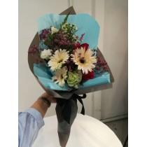 Fresh flower bouquet for anniversary/ appreciation