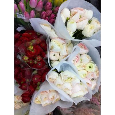 Roses Flower Bouquet for Valentine / Birthday