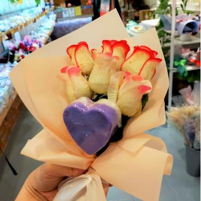 Soap & Flower Mini Bouquet (with lavender essential oil soap)