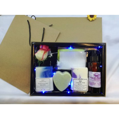 Special Handmade Soap Set  Free gift box Free LED lights!