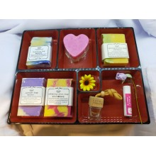 100% Handmade Soap Premium Gift Set Free Japanese box Free bubble net