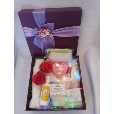 Anniversary/Birthday Gift Set with LED lights free Lip Balm, Gift box & carry bag